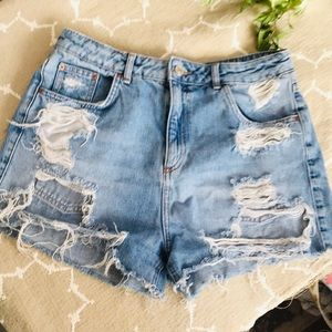 TOPSHOP MOTO MOM HIGH Waisted Denim Shorts!